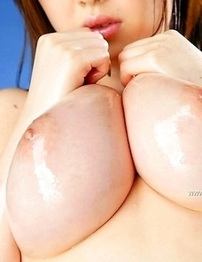 Big-breasted Rio Hamasaki has an awesome lingerie