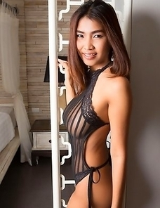 Sexy Thai girl Tittiporn with big boobs