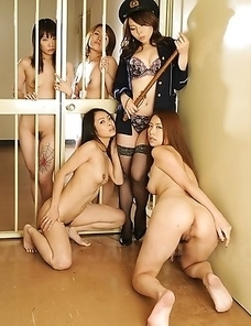 Prison lady posing with her sluts