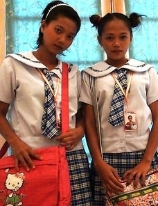 Filipina schoolgirls Sally and Nica
